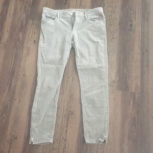 Gray modern skinny ankle jeans